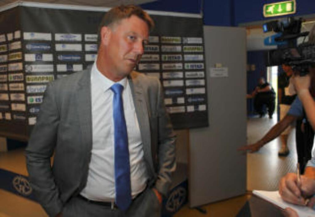 TROR PÅ MAME: Jonevret tror Diouf kan bli en favoritt på Old Trafford, selv om angriperen fortsatt er uferdig som spiller. Foto: Svein Ove Ekornesvåg / SCANPIX .