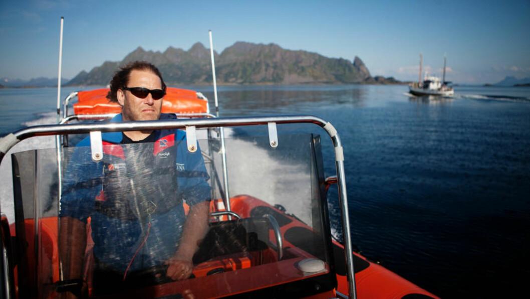 <strong>I LOFOTEN TIL VALGET:</strong> Frederic Hauge og Bellona blir i Lofoten fram til valget for å følge debatten om olje- og gassutvinning i de sårbare områdene.  Foto: Jo Straube.