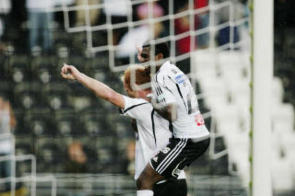 MØTER AAFK: Her jubler Peter Kovacs etter 4-1-målet mot Brann. Odd vant kampen 5-1. Foto: Stian Lysberg Solum / SCANPIX