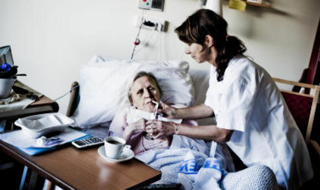 MINST: - Det er rart at de som trenger det mest, får minst hjelp, sier sykepleier Heidi Sjøwall til Dagbladet. Foto: THOMAS RASMUS SKAUG