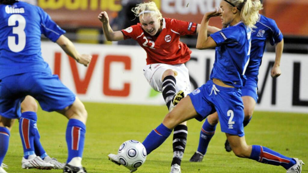 MATCHVINNER: Cecilie Pedersen scoret kampens eneste mål da Norge slo Island 1-0 i EM. Foto: AP