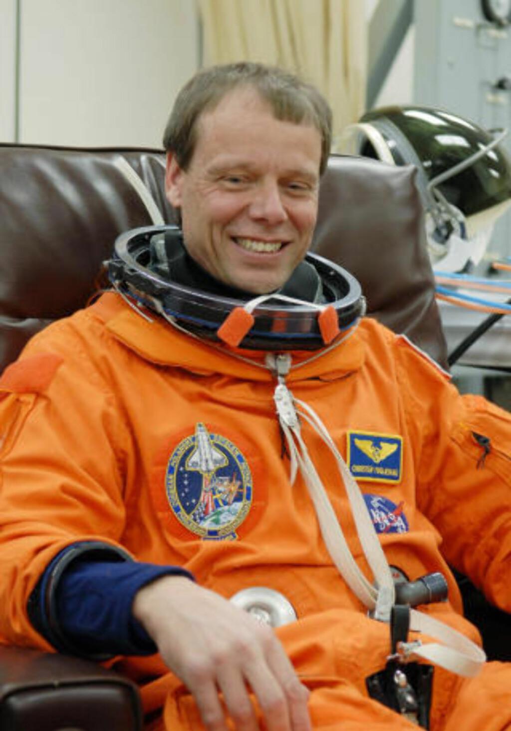 SISTE REIS: ESAs Christer Fuglesang er på sin andre og siste tur i rommet. Foto: AP Photo/NASA