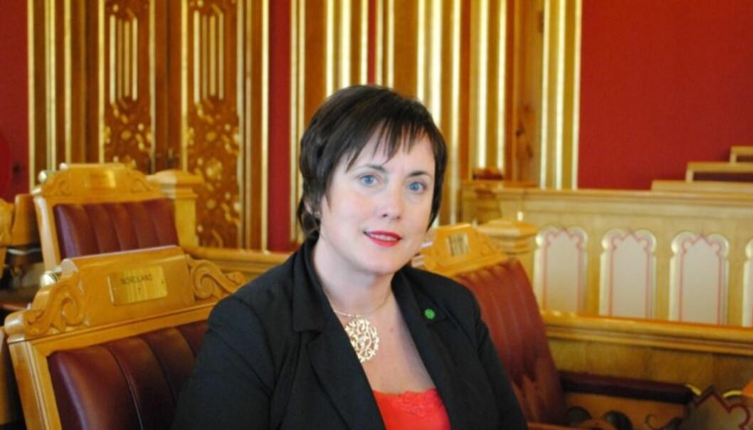 <strong>UTSETTE SLUKKINGEN:</strong> Janne Sjelmo Nordås, stortingsrepresentant og parlamentarisk nestleder i Senterpartiet, forteller at mange melder fra om dårlig DAB-dekning og at hun ser god grunn til å ta det på alvor. FOTO: Senterpartiet.&nbsp;
