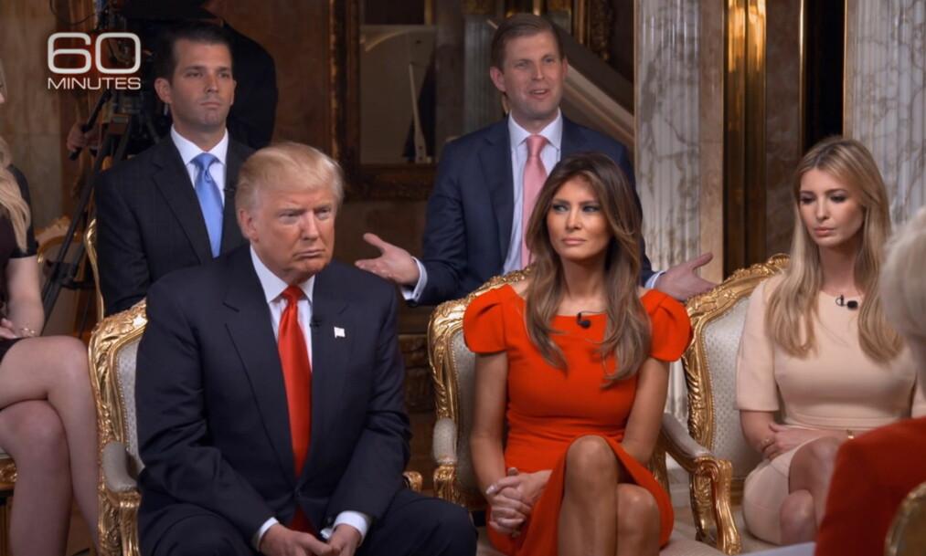 <strong>FAMILIEN TRUMP:</strong>  Tidligere denne uka ble «60 Minutes»-episoden som fokuserte på Trump-familien vist i USA. Ivanka Trump (t.h) får nå kritikk for å ha promotert et armbånd hun selv har designet i episoden, og beskyldes for rolleblanding. F.v: Donald Jr, Eric Trump, Donald Trump, Melania Trump og Ivanka Trump. Foto: NTB scanpix&nbsp;