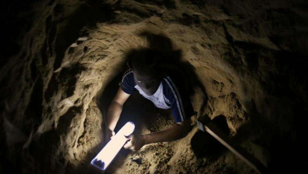 Innbyggerne i Gaza har gravd tunneler til Egypt. Tunnelene brukes blant annet til å smugle mat og medisiner. Arkivfoto: Scanpix/AP Photo/Kevin Frayer