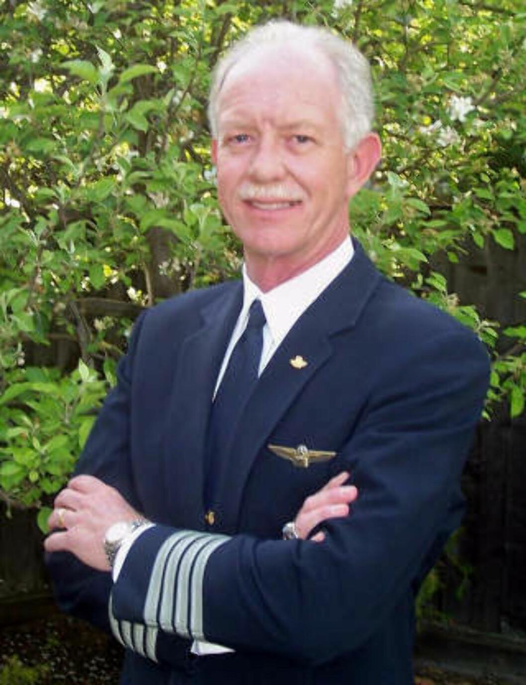 <strong>HYLLES SOM HELT:</strong> Chesley B. Sullenberger III, «Sully» blant venner, var rett mann bak spakene da flyet mistet begge motorene. Foto. REUTERS/Safety Reliability Methods/Scanpix