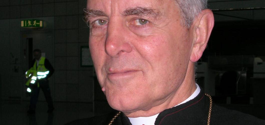 <strong>UTSTØTT:</strong> Den britiskfødte biskopen Richard Williamson, medlem av det ultrakonservative Society of Saint Pius X. Foto: REUTERS/Jens Falk/SCANPIX