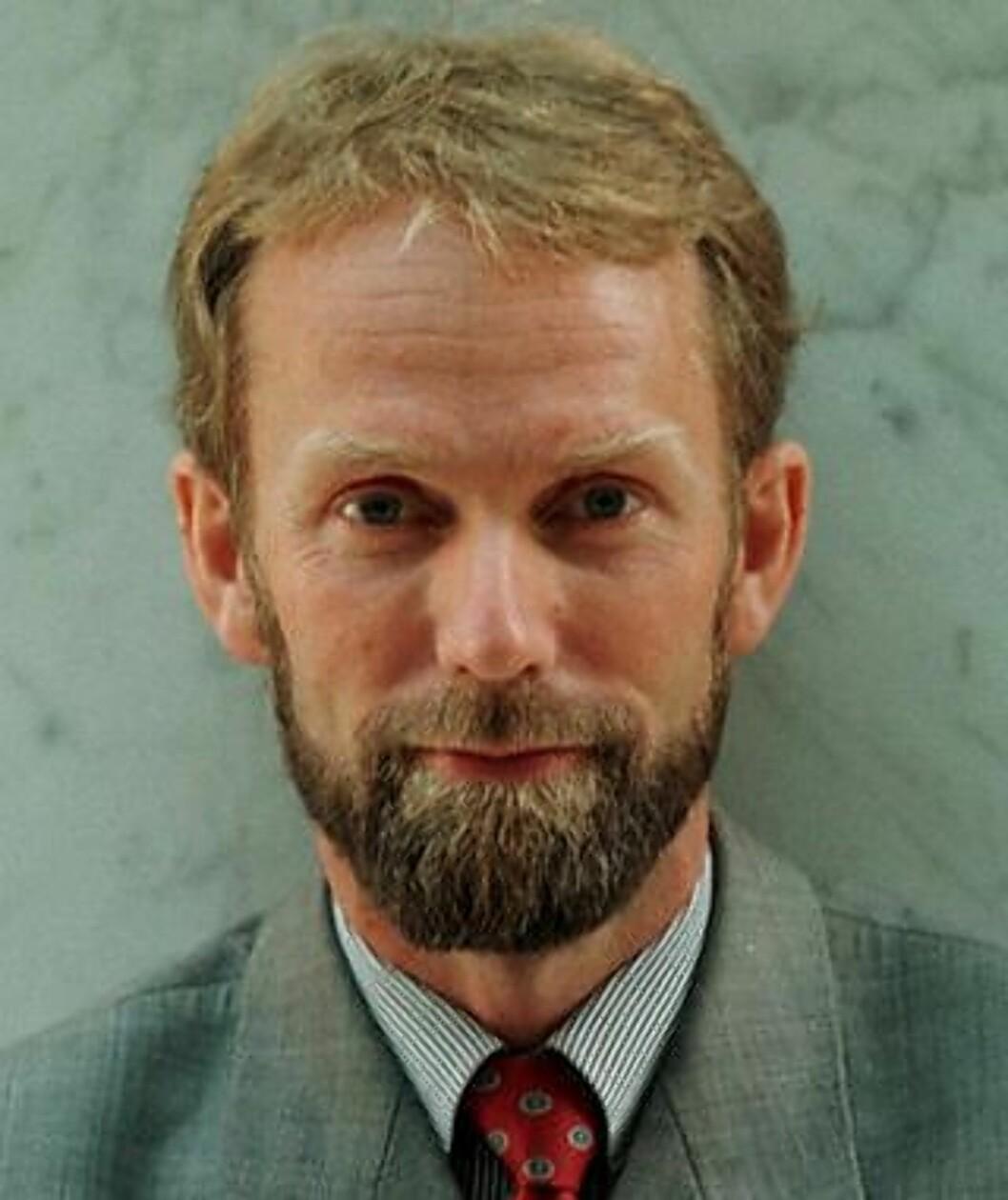 <strong>MENER NORGES BANK TAR I:</strong> Sjeføkonom Harald Magnus Andreassen hos First Securities A/S. Scan-Foto: Tor Richardsen