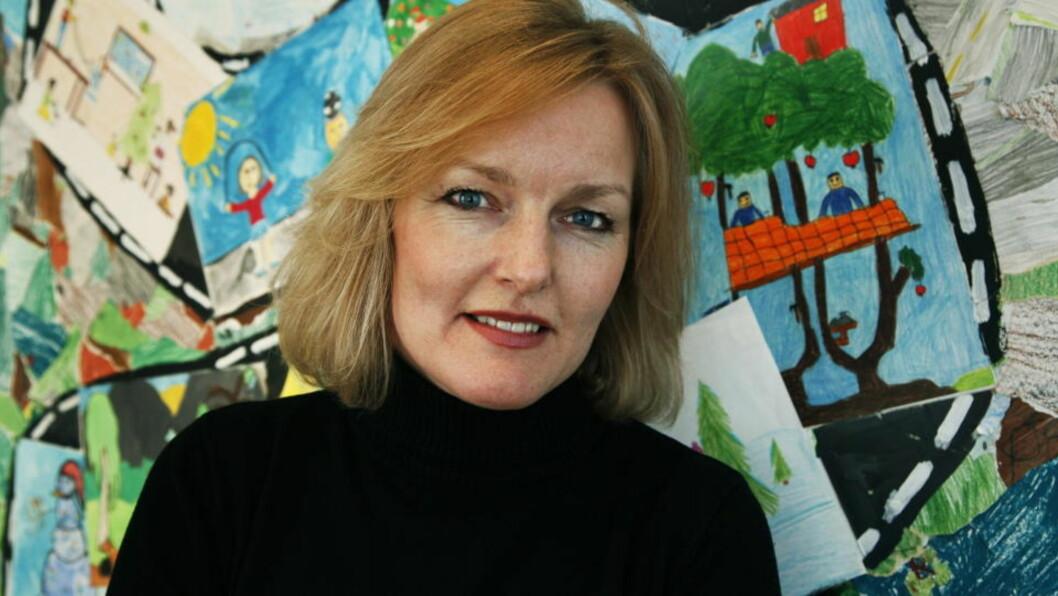 BRY DEG! Generalsekretær i UNICEF Norge, Kjersti Fløgstad, oppfordrer voksne til å engasjere seg mer i andre barns liv. - Det er ofte lite som skal til for å gjøre en forskjell, sier hun. Foto: Steinar Buholm/Dagbladet