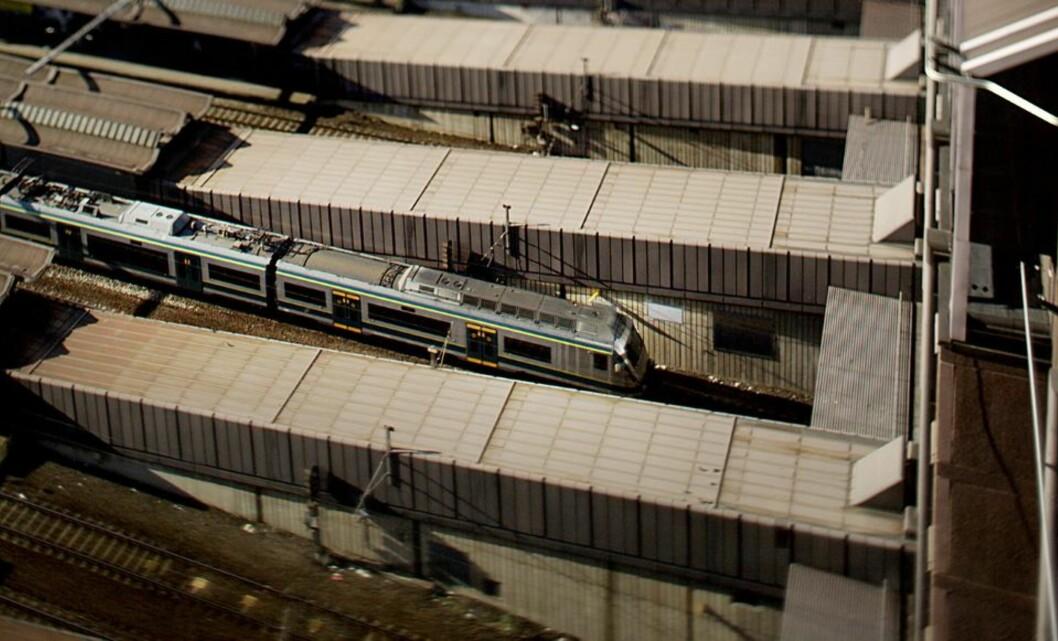 <strong>TOGENE STÅR:</strong> Signalproblemer på Oslo S førere nå til at togene står.  Arkivfoto: Stian Lysberg Solum / SCANPIX .