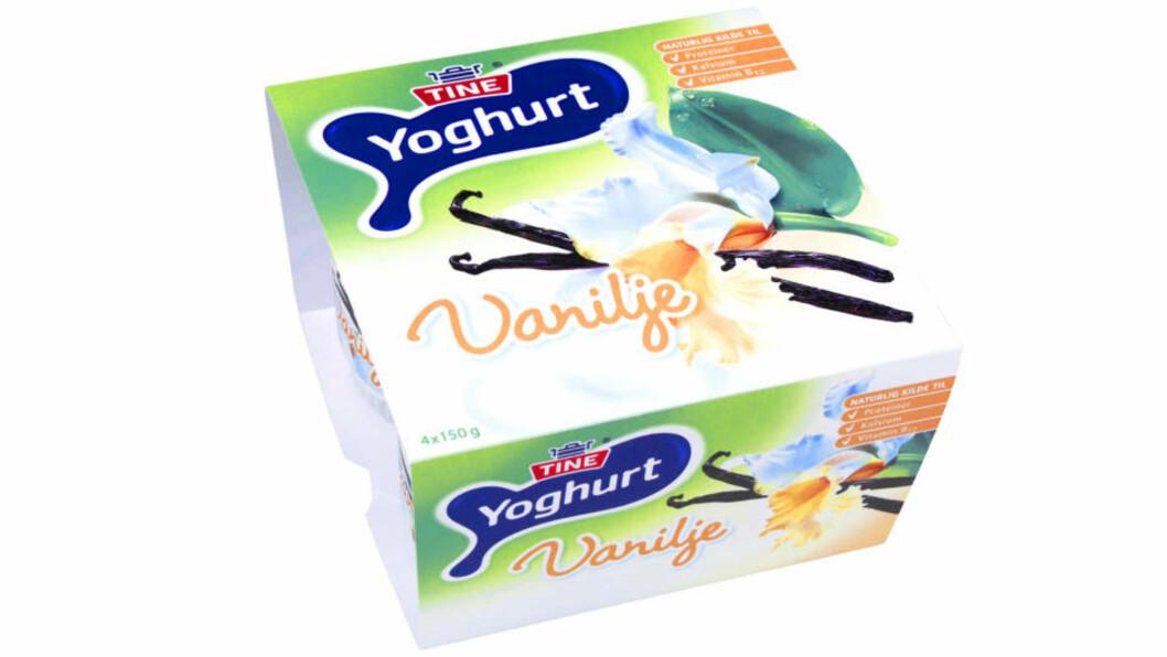 JUKSEVANILJE: Tines vaniljeyoghurt er ikke smakssatt med frøene fra vaniljestengene som pryder emballasjen - men med kunstig vaniljesmak fra organisk materiale, for eksempel råttent tømmer.Foto: TINE