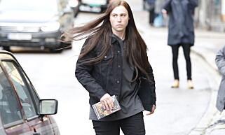SPILLER GREVEN: Emory Cohen spiller Varg Vikernes i filmen «Lords of Chaos», som i dag spilte inn scener på Tøyen i Oslo. Her fra innspillingen. Foto: Jacques Hvistendahl Dagbladet
