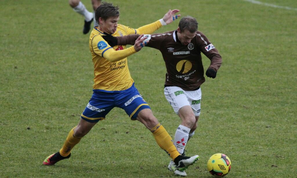 SCORET: Magnus Sylling Olsen scoret for Mjøndalen, men Jerv vant 2-1 på Levermyr stadion. Foto: Tor Erik Schrøder / NTB scanpix