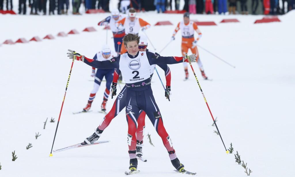 KOMETEN: HEr vinner Johannes Høsflot Klæbo sprinten på Beitostølen i går. Han er Norges raskeste sprinter, mener sprinttrener Arild Monsen. <br>Foto: Terje Pedersen / NTB Scanpix