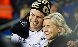 GLAD DUO: Pål André Helland feirer med Rosenborgs daglige leder Tove Moe Dyrhaug. Foto: Andreas Lekang