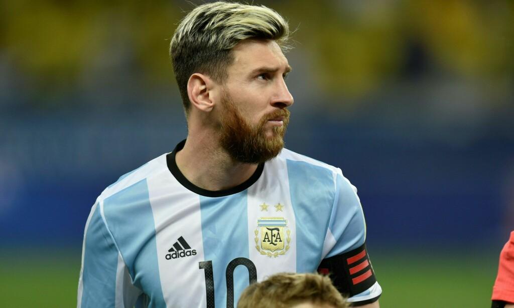TOK TAK SELV: Lionel Messi skal ha etterbetalt et halvt års lønn til landslagets sikkerhetsvakter av egen lomme, hevder en argentinsk journalist. <br>Foto: AFP/ Vanderlei Almeida/ NTB Scanpix
