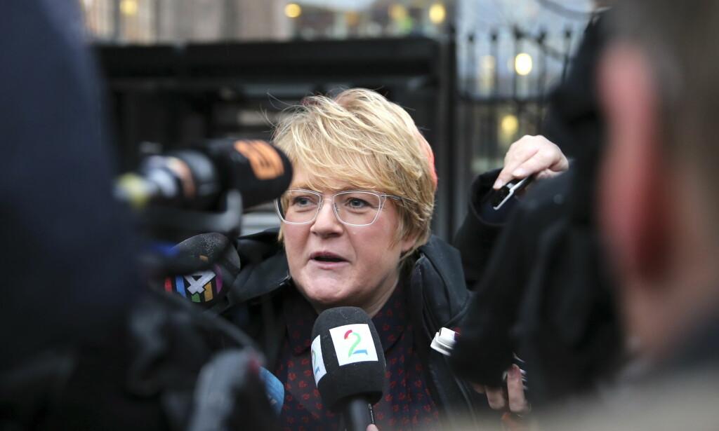 FORTSATT HÅP: Venstres leder Trine Skei Grande snakket med pressen etter møte med statsministeren på  SMK tirsdag morgen. Foto: Vidar Ruud / NTB scanpix