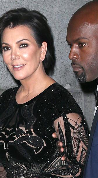 HEVDER KANYE ER UTSLITT: Kanyes svigermor Kris Jenner, her med kjæresten Corey Gamblle hevder artisten er utbrent.