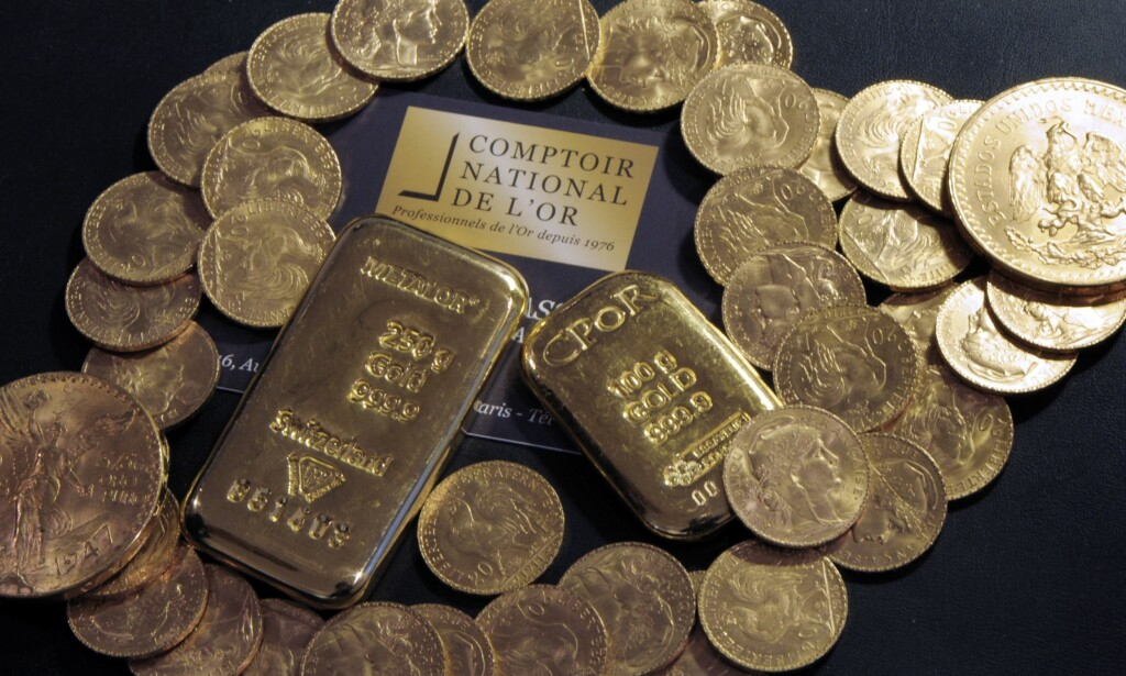 Gull: Gullet arvingen fant gjemt i møbler veier rundt 100 kilo. Nå må han betale nesten halvparten i skatt. / AFP PHOTO / BERTRAND GUAY