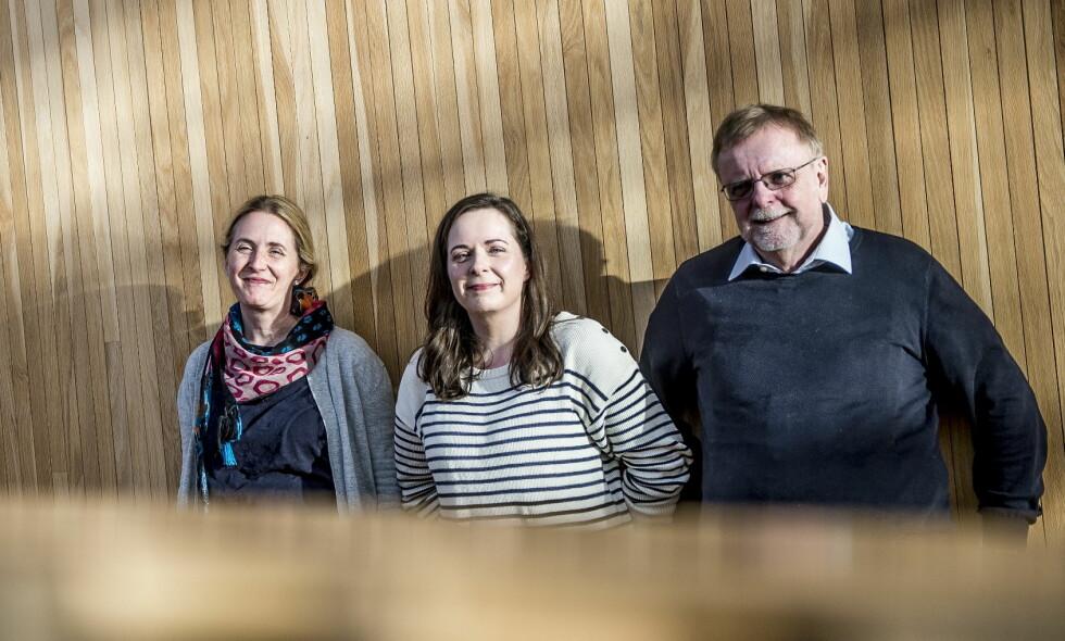 FORFATTER-FAMILIE: Hilde, Hanne og Klaus Hagerup har skrevet årets store adventsserie, «Snøfall», produsert av NRK Super. Foto: Thomas Rasmus Skaug / Dagbladet