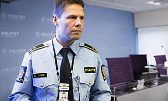 <strong>MØTTE PRESSEN:</strong> Politioverbetjent og leder for voldsavsnittet Stein Olav Bredli møtte pressen klokka 17 i dag. Foto: NTB Scanpix