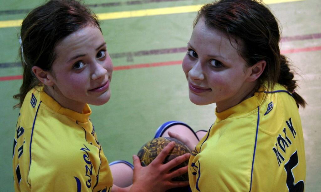 14 ÅR: Thea (t.v.) og Nora Mørk, 14 år gamle. FOTO: METTE BUGGE