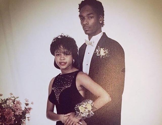 GIFTET SEG MED DATEN: Rapperen Snoop Dogg delte dette bildet av han og kona Shante Broadus i sommer. Det var for å markere 19 år som gift. Her er de avbildet sammen under skoleballet på 80-tallet. Foto: Instagram
