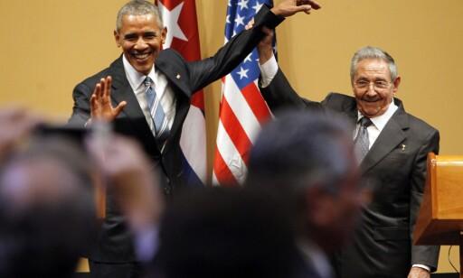 HISTORISK BESØK: President Barack Obama og president Raúl Castro avslutter en felles historisk pressekonferanse 21. mars i Havanna. Foto: Alejandro Ernesto /EPA