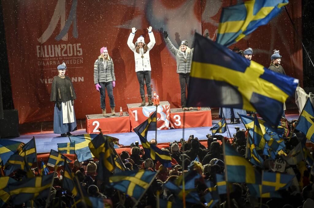 RENT GULL: Et vakkert rent gull til Charlotte Kalla fra siste VM i Falun, men svensk skisport er dårlig kontrollert.