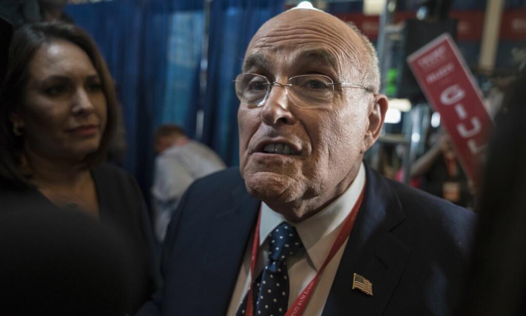 KANDIDAT: Rudy Giuliani er en av Donald Trumps nærmeste medarbeidere og tilhengere. Han kan bli snytt for den mest prestisjetunge jobben i administrasjonen. Foto: Øistein Norum Monsen / Dagbladet
