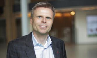 <strong>SKJER DE FLESTE:</strong> Kommunikasjonsrådgiver i Storebrand, Bjørn Erik Sættem, sier at de fleste elbilister vil oppleve å gå tom for strøm. Foto: Storebrand