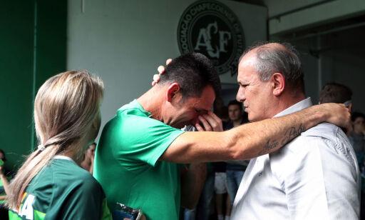 image: Han skulle egentlig vært med på flyet der 19 lagkamerater styrtet i døden, men tallet 299 reddet livet hans