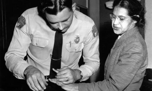 FINGERAVTRYKK: Det ble også tatt fingeravtrykk av Rosa Parks. Foto: AP Photo / NTB Scanpix