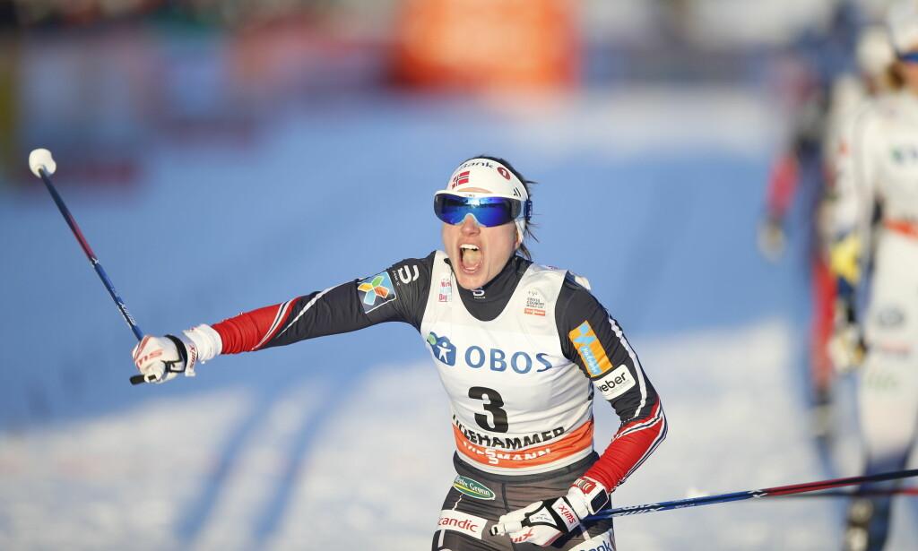 BEST: Heidi Weng spurtslo Maiken Caspersen Falla i sprintfinalen på Lillehammer. Foto: Terje Pedersen / NTB scanpix