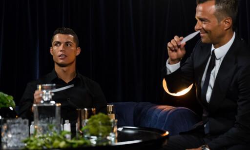 SAMARBEIDSPARTNERE: Ronaldo og Jorge Mendes jobber med alt fra fotballkontrakter til parfymesalg. Foto: Scanpix