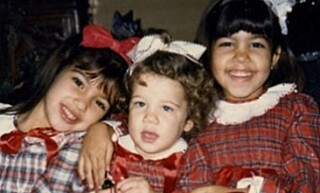 DE TRE ELDSTE: Kim, Khloé and Kourtney Kardashian som barn. Foto: NTB scanpix