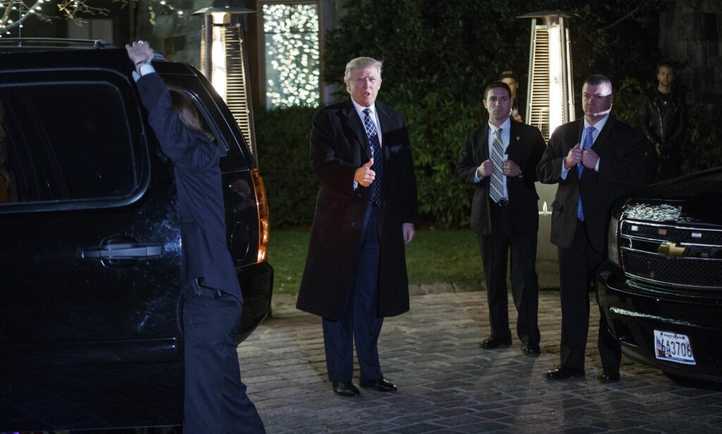 Kaster glans: Donald Trump på vei til middag lørdag kveld hos Robert Mercer, en av hans største bidragsytere under valgkampen. Alle Foto: AP / NTB SCanpix