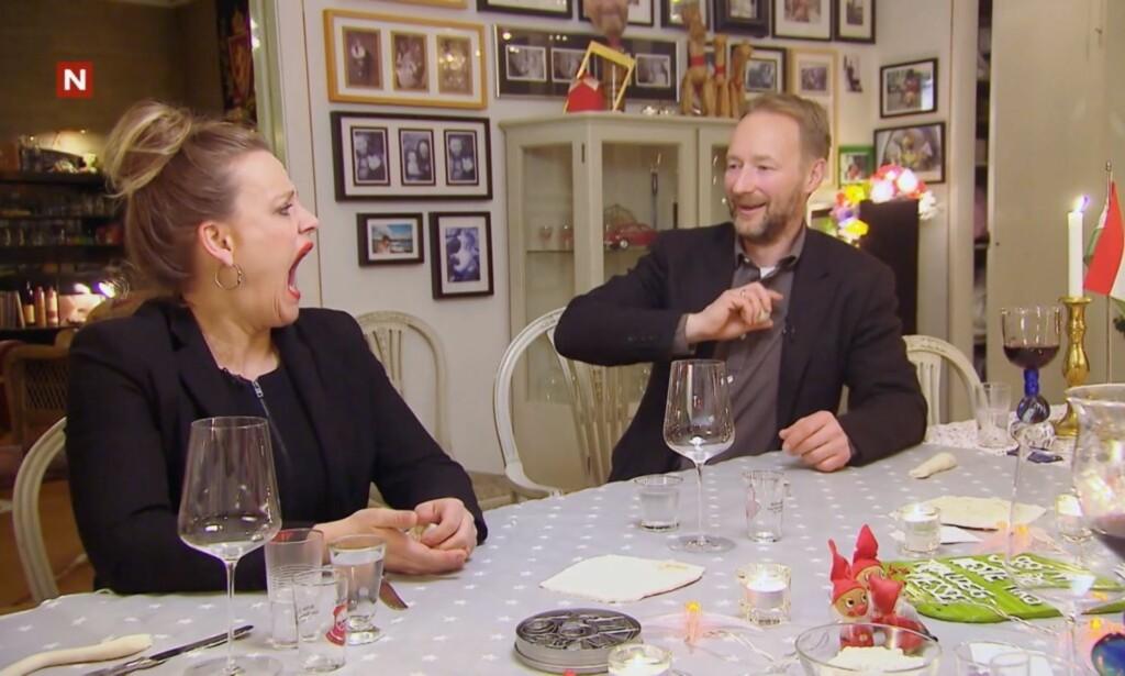 GAPER OPP: Henriette Steenstrup sier seg villig til å bli med på Kjetil André Aamodts stunt, men det hele får et uventet utfall. Foto: TV Norge / Discovery Networks Norway