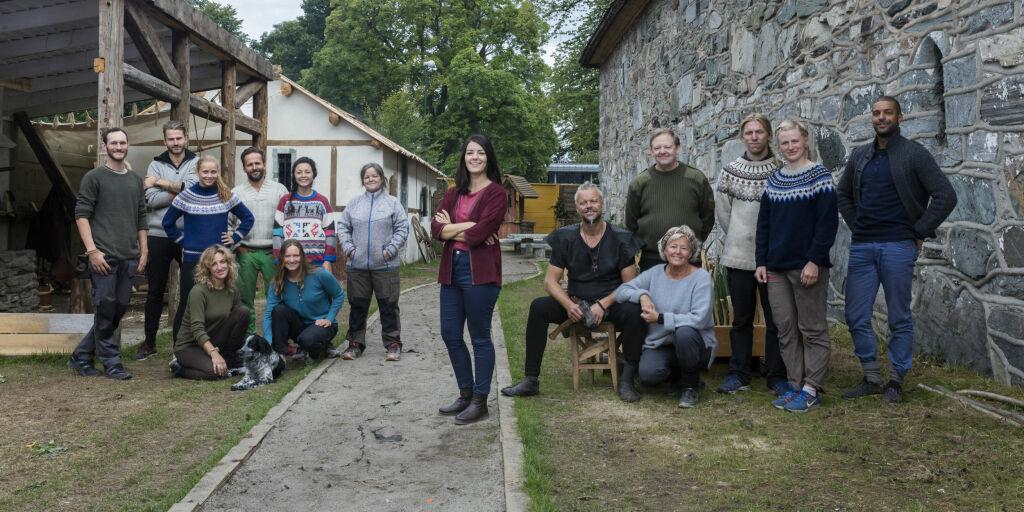 image: Her er deltakerne som reiser 479 år tilbake i tid i «Anno»
