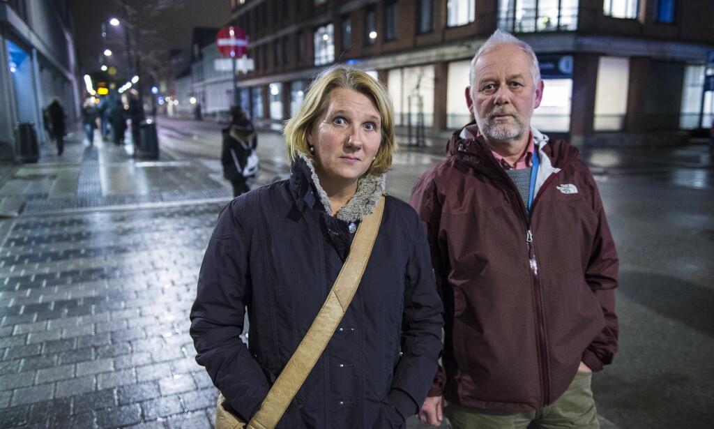 I FELT: Karin Berthelsen er én av Kristiansand kommunes forebyggende ansatte som jobber i felt. Hun møter ungdommene der de er, og beskriver en gruppedynamikk både hun, foreldrene og ungdommene selv opplever som skremmende. Foto: Lars Eivind Bones / Dagbladet