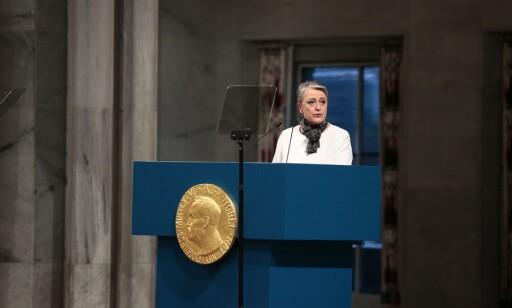 PRISSEREMONI: Nestleder av nobel komiteen Berit Reiss-Andersen under prisseremonien i Oslo rådhus lørdag. Foto: Håkon Mosvold Larsen / NTB scanpix