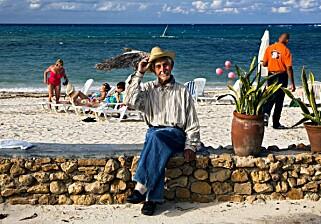ATTRAKTIVT: Stadig flere vil se oppleve Cuba mens den karibiske øya fortsatt «er seg selv». Foto: NTB Scanpix