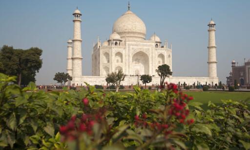 VERDENSARV: Fantastiske Taj Mahal nord i India kan bli stengt for turister om noen år. Foto: NTB Scanpix
