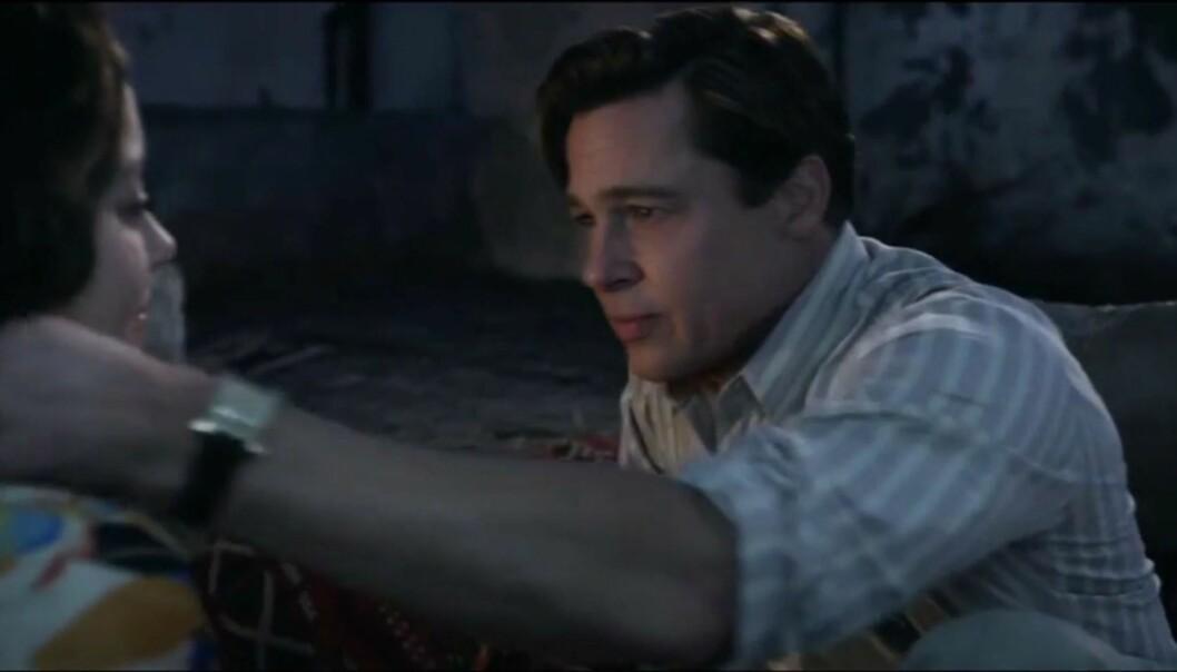 MOTSPILLERE: Brad Pitt og Marion Cottilard spiller mot hverandre i filmen «Allied». Duoen ble utsatt for romanserykter etter at bruddet mellom Brad og Angelina ble kjent, men Marion har avvist dette. Foto: Scanpix