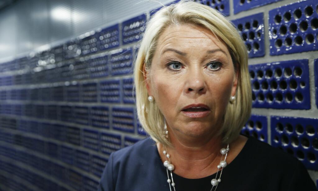 KRITISK: Kommunalminister Monica Mæland (H) mener Helga Pedersen (Ap) har glemt forskjellen på regjering og storting når hun ber statsråden droppe storfylket i nord.Foto: Terje Pedersen / NTB scanpix