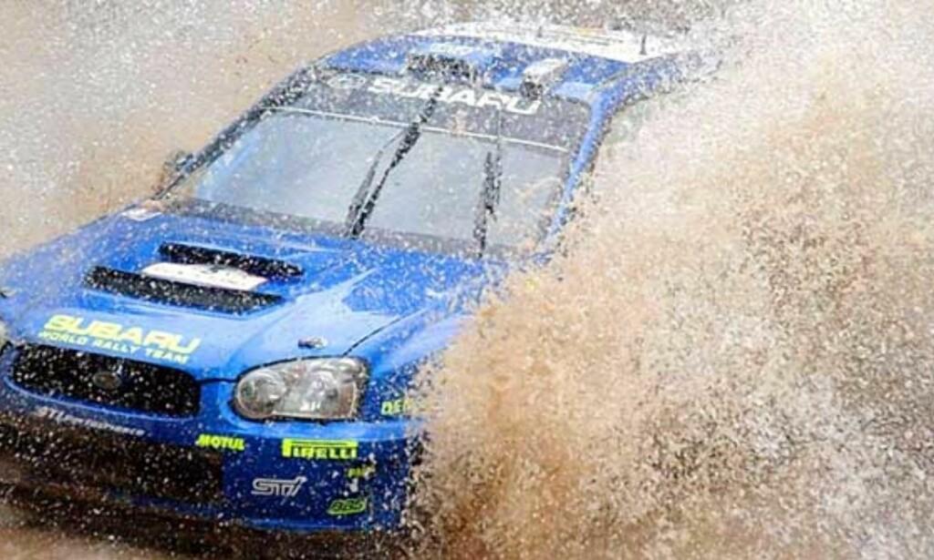 PÅ PALLEN: Petter Solberg kjørte raskest på dagens første fartsprøve. Det holdt til å sikre andreplassen. FOTO: SCANPIX/REUTERS