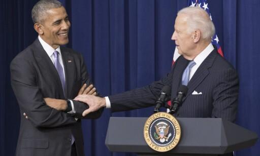 RØRT: Det var en tydelig preget Joe Biden som presenterte lovpakken hvor hans avdøde sønn spiller en rolle. Foto: PA/MICHAEL REYNOLDS