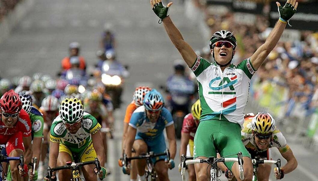 <strong>I ENSOM MAJESTET:</strong> Thor Hushovd tråkket til på riktig tidspunkt og banket konkurrentene på dagens etappe i Spania Rund. EPA