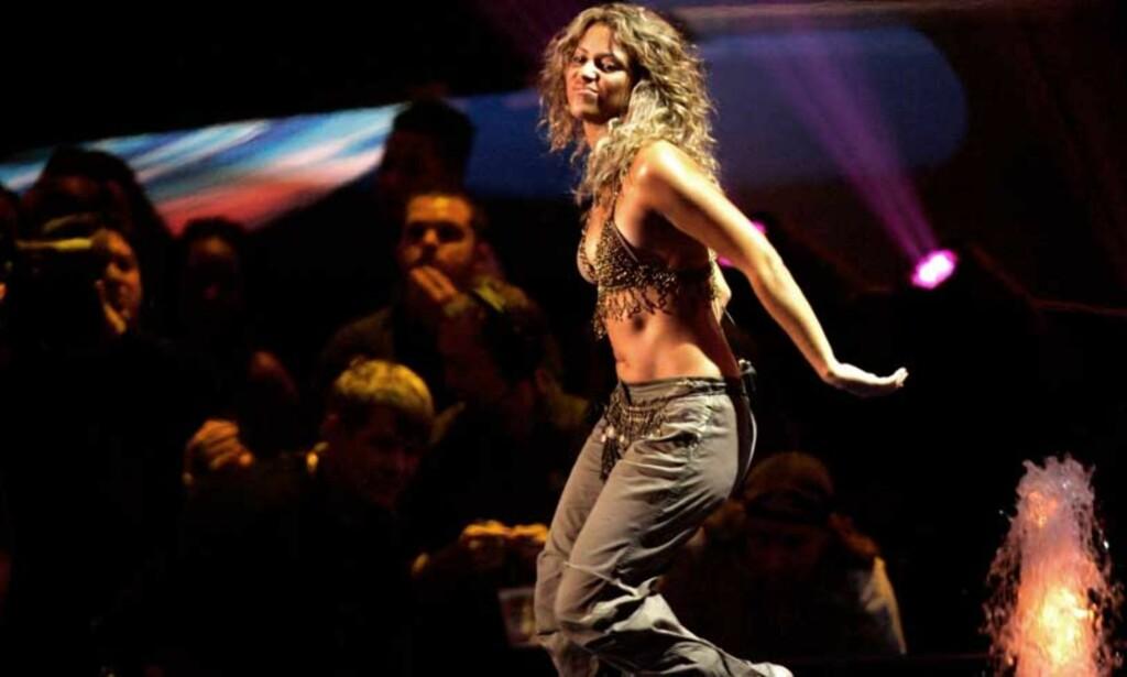 SLIPPER PLATE PÅ NETT: Shakira slipper sitt nye album «Oral Fixation Vol 2» på nett før den kommer i butikken. Men gjør musikkindustrien nok for å tilfredsstille forbrukernes ønsker om digital musikk? FOTO: SCANPIX/REUTERS
