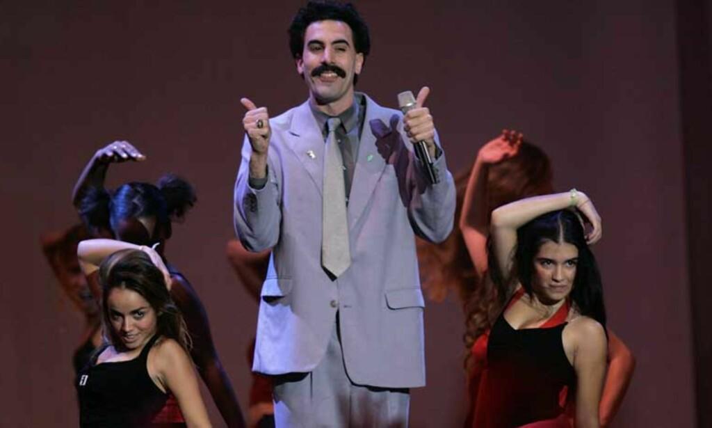 OPPRØRTE KAZAKHSTAN: Karakteren Borat Sagdiyev ledet årets MTV Europe Music Awards. Flere kazakhstanere føler seg latterliggjort. FOTO: SCANPIX/AP